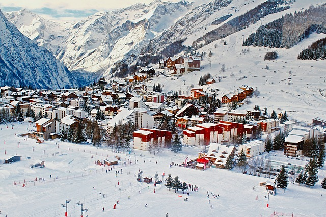 Skiing Resorts in France